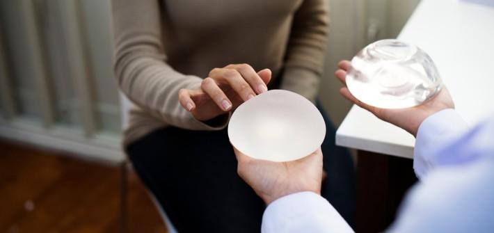 Schönheitsoperation: Gefahr durch Billig-Silikon-Implantate