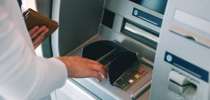 Skimming: Fünf Jahre Haft für Manipulation an Geldautomaten