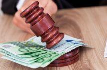 Abhängige Juristen: dürfen Richter gegen Honorar Vorträge halten?