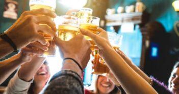 """Brauerei: Warsteiner Werbung """"vitalisierend"""" verstößt gegen EU-Recht"""