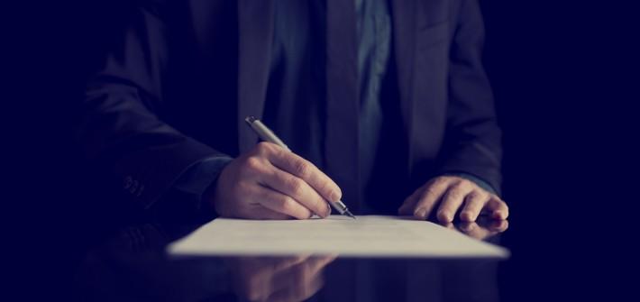 Manteltarifvertrag: Urteil belastet Arbeitgeber einseitig