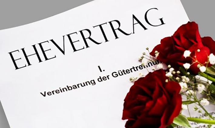 """""""Die Ehegatten können ihre güterrechtlichen Verhältnisse durch Vertrag (Ehevertrag) regeln, insbesondere auch nach der Eingehung der Ehe den Güterstand aufheben oder ändern."""" (§ 1408 Absatz 1 BGB) (#02)"""