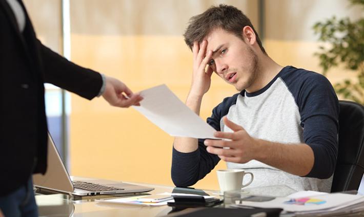 Beim Abschluss von neuen Verträgen oder Krediten werden Schuldner nach Abgabe einer Versicherung an Eides statt ohnehin große Probleme haben. (#02)