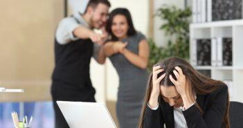 Gerüchteküche am Arbeitsplatz: Die richtige Reaktion