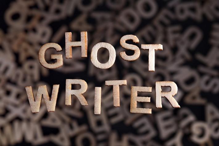 Ghostwriting an sich ist also kein Straftatbestand und wenn die Vorgaben vertraglich genau geregelt sind, dann kann auch der Autor nicht belangt werden. (#04)