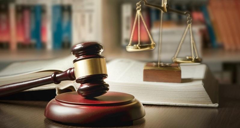 Es kann zwar auch auf legalem Wege mit Sportwetten Geld verdient werden, beim Wettbetrug ist es aber noch mehr. (#01)