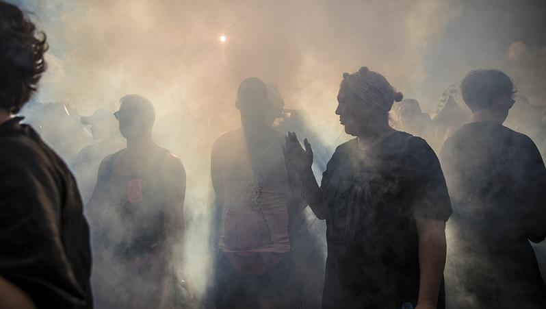 In einigen Mietshäusern gibt es Gemeinschaftsräume, für die ein Rauchverbot ausgesprochen werden kann. (#03)