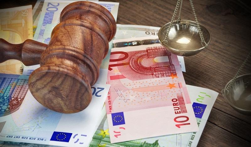 Der Bundesfinanzhof (BFH) hat als höchstes Steuergericht in Deutschland die Entscheidungsgewalt und bestätigte in zahlreichen Urteilen, dass die Kosten, die bei einer Scheidung entstehen, als außergewöhnliche Belastung gelten. (#01)