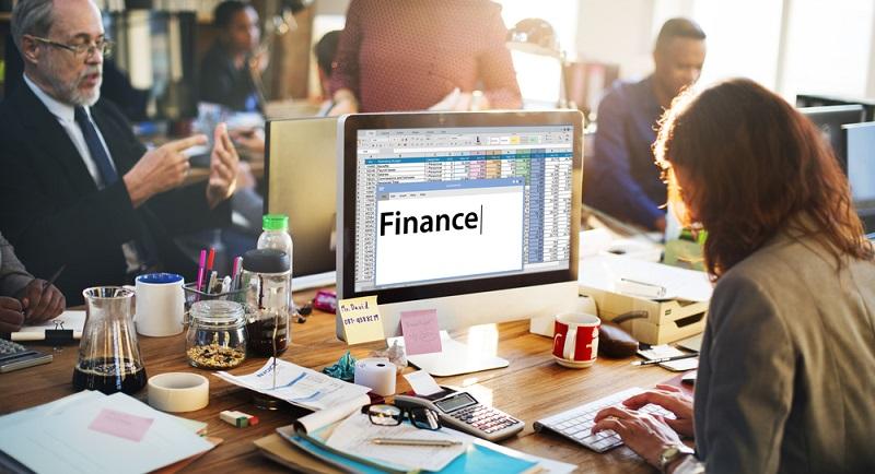 Das Einkommen ist nur ein Teilaspekt für die Kreditinstitute, um die sachliche Kreditwürdigkeit des Antragsstellers zu bewerten. Eine entscheidende Rolle spielt die Bonität des Antragsstellers. (#01)