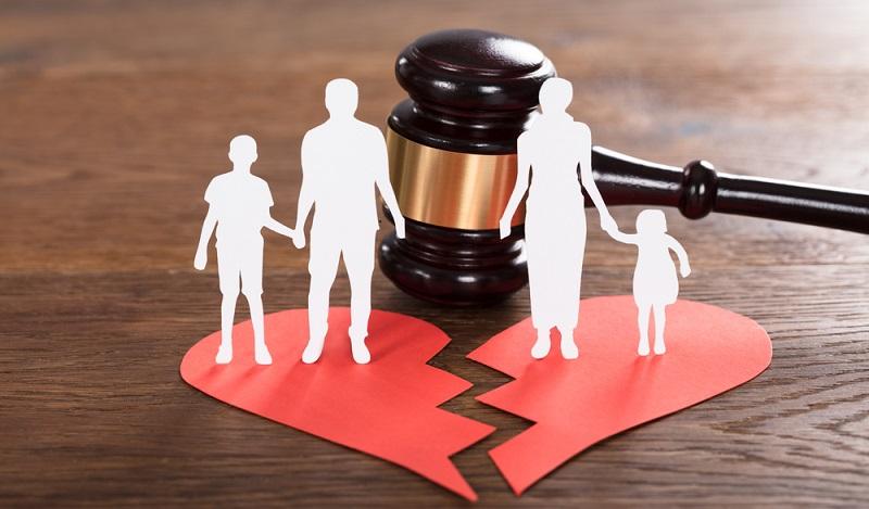 Grundsätzlich sind die Ehepartner nach ihrer Scheidung selbst für ihren Lebensunterhalt verantwortlich. (#01)