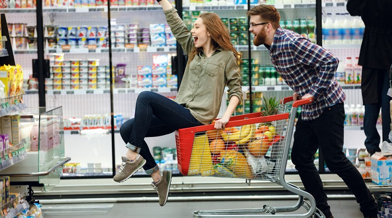 Das Grundrecht, die Sonntagsruhe zu achten, schränkt die Möglichkeiten des Einzelhandels ein. Wie wird der verkaufsoffene Sonntag in den Bundesländern genau geregelt? (#01)