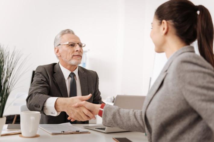 Ein klärendes Gespräch wird von den meisten Vorgesetzten nicht mehr gewünscht. Falls doch, muss der Arbeitnehmer seine wahren Gründe aber trotzdem nicht nennen. (#4)