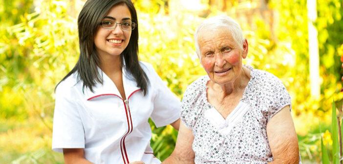 Schwarzarbeit in der Altenpflege: Das Problem mit illegaler Beschäftigung