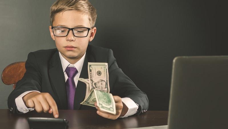 Ein Kinder- oder Jugendgirokonto ist ebenso wie andere Girokonten nicht als Sparkonto geeignet. (#03)