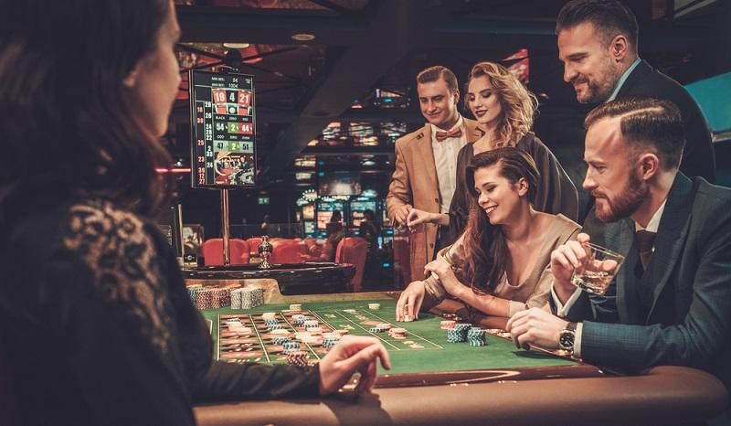 Nicht nur in Deutschland wird der Markt für Glücksspiele reguliert, auch in Österreich müssen Lizenzen vergeben werden und es gibt die Möglichkeit des staatlichen Eingriffs.(#02)
