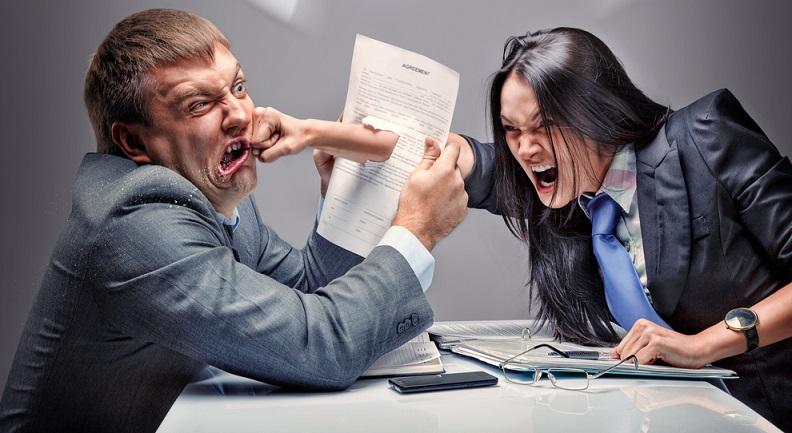 Das Familienrecht ist sehr umfangreich und regelt Scheidungs-, Unterhalts- sowie Sorgerechtsstreitigkeiten. (#01)