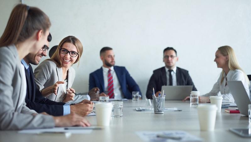 Die Arbeitnehmer eines Unternehmens haben das Recht auf Gründung eines Betriebsrates.(#02)