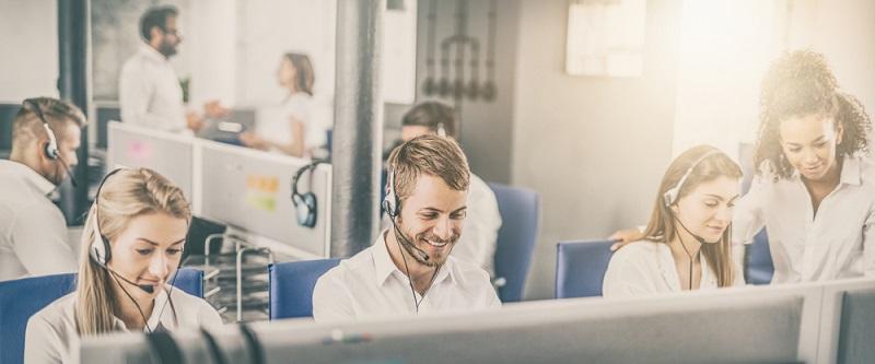 Kritisiert wird von stationären Apothekern, dass die Beratung und Aufklärung bei der Abgabe durch Online-Apotheken oft zu kurz kommt.