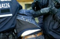 Hausdurchsuchung: was tun, wenn die Polizei irrt? (Video) (Foto: shutterstock - photocosmos1)