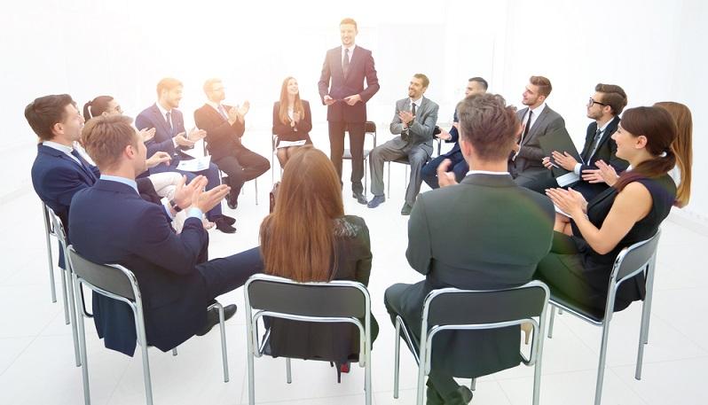 Der Legal Affairs Manager kümmert sich um alle rechtlichen Belange des Unternehmens. (Foto-Shutterstock: ASDF_MEDIA )