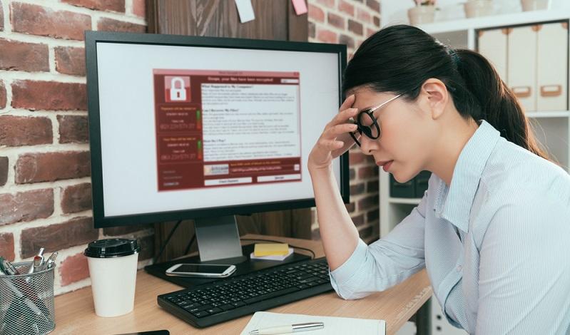 Für viele Unternehmen bedeutet eine solche Cyberattacke, dass sie enorme Umsatzeinbußen verzeichnen müssen  ( Foto: Shutterstock- PR Image Factory )